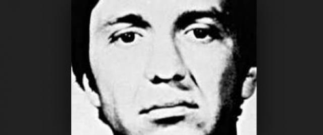 Эдвард Ли Говард. Мужчина вместе с женой несколько лет работал на ЦРУ, однако был уволен за употребление наркотиков.