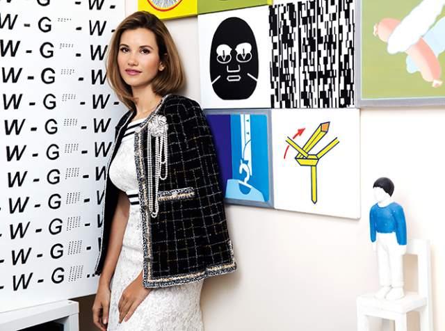 С 2015 года реализует в Москве свой проект Smart Art, где выполняет роль посредника между художниками и коллекционерами. Цель проекта — повысить узнаваемость недооцененных современных художников, в том числе с помощью образовательных программ.