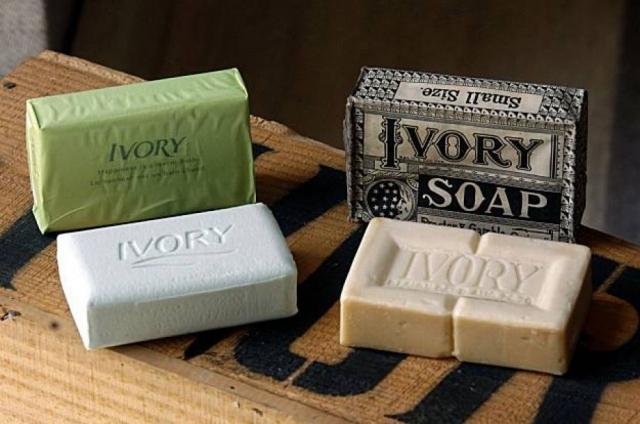 Cовременное мыло. Первое серийное производство мыла под названием Ivory Soap наладила компания Procter & Gamble в 1879 году.