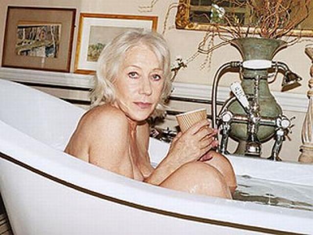 """Британская актриса с русскими корнями Хелен Миррен , отпраздновав свое 65-летие, приняла участие в эротической фотосессии в поддержку нового фильма """"Ранчо любви"""""""