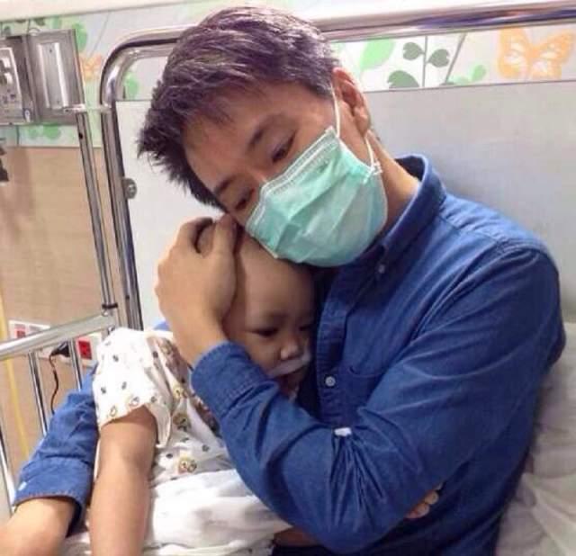 Материн умерла 8 января 2015 года, когда родители дали согласие на отключение аппарата жизнеобеспечения. Тогда же они решили заморозить тело любимой дочери.