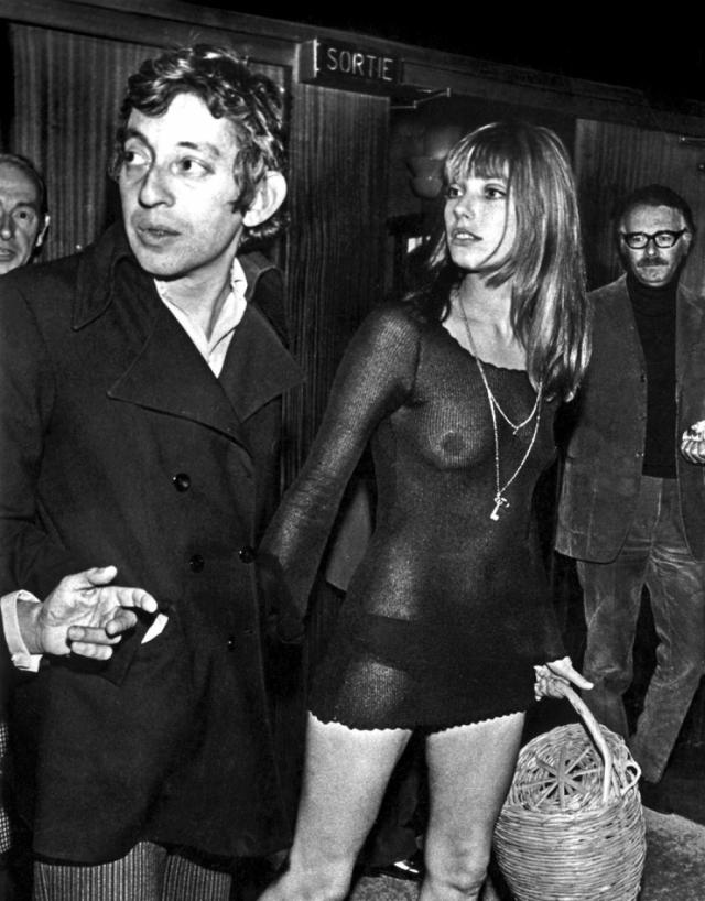 Серж Генсбур и Джейн Биркин. Длинноногая красавица-модель была моложе музыканта на 18 лет. Их совместные фотографии и видеоклипы до сих пор привлекают внимание.