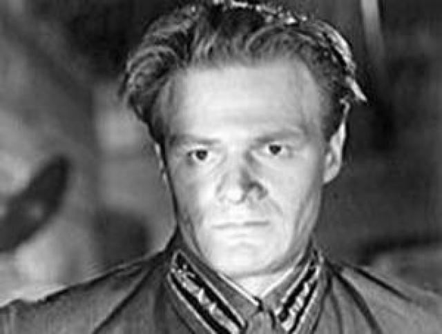"""Борис Юрченко. Актер из фильма """"Живые и мертвые"""" в юности отсидел за хулиганство. Выпив в компании, он с товарищами жестоко избил человека. Свидетели вызвали милицию, и именно Бориса скрутили на месте."""