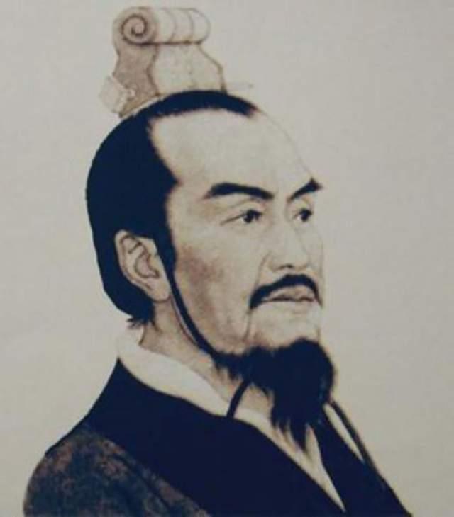 """Ли Си: казнен изобретенным им же методом """"Пять наказаний"""". Канцлер времен династии Цин изобрел метод пыток """"Пять болей"""", или """"Пять наказаний"""": лоб клеймили, отрезали нос, ноги отрубали, кастрировали и только потом убивали. Когда противники Ли Си решили захватить престол, они казнили его этим самым методом."""
