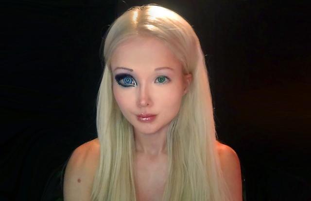Она очень популярна в виртуальном пространстве, и, кажется, реальная и виртуальная жизнь Валерии слились воедино.