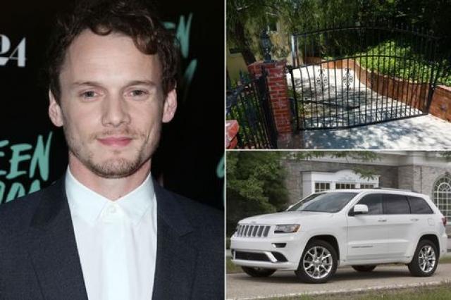 Тело актера было зажато между бампером его автомобиля Jeep Grand Cherokee и кирпичной колонной, что и привело к смерти.