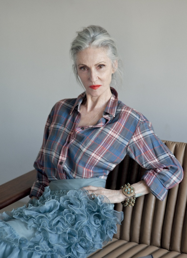 Сейчас Линда занята собственной бьюти-маркой Rodin, но не отказывается и от модных съемок.