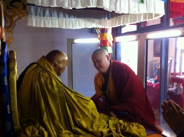 Буддисты считают, что лама по сей день остается живым. Ему якобы удалось достигнуть наивысшего мастерства медитации, с помощью которой он вошел в такое состояние.