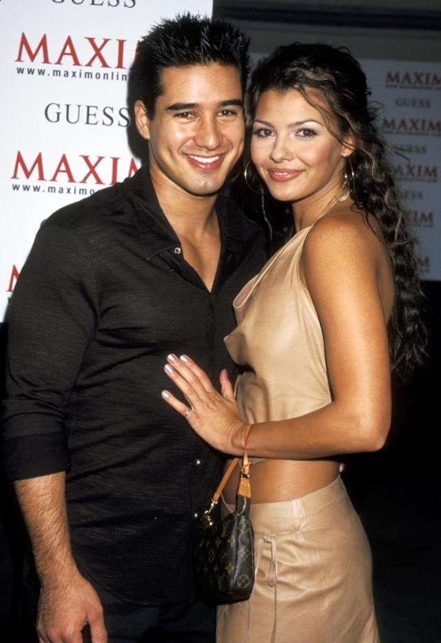 Эли Лэндри. В 2004 года Эли вышла замуж за актера Марио Лопеса , однако их семья просуществовала всего два месяца, после чего актриса была поймана на измене и подала на аннулирование брака.