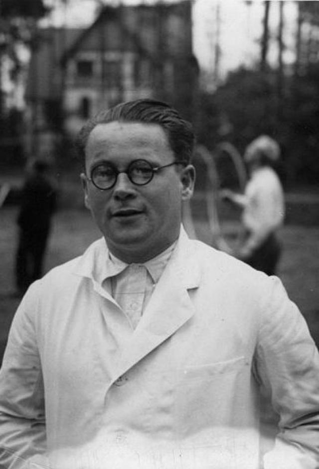 Карл Франц Гебхардт По приговору Нюрнбергского процесса над врачами был повешен.