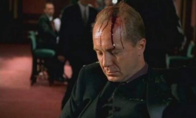 Полунин вспоминает, что когда он вошел в квартиру Андрея Панина, повсюду была кровь, а балконная дверь на кухне, где лежал Андрей, была забаррикадирована столом и стульями.По факту смерти актера возбуждено уголовное дело.