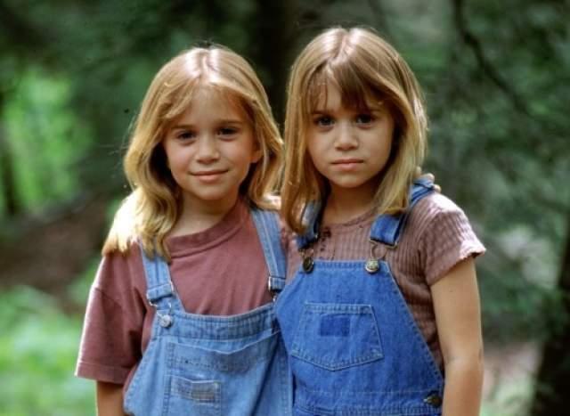 """Близняшки стали богатыми и знаменитыми в 11 лет, сразу после премьеры комедии """"Двое: я и моя тень""""."""