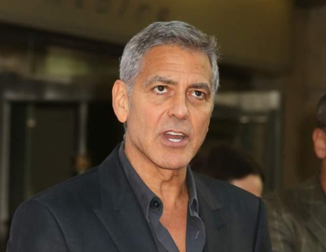 """Джордж Клуни. На съемках """"Гравитации"""" (2013) он был задействован в качестве героя второго плана, но студия все равно раскошелилась по полной. Ему отдали не только гонорар, но еще и выложили 100 тыс. фунтов стерлингов сверху."""