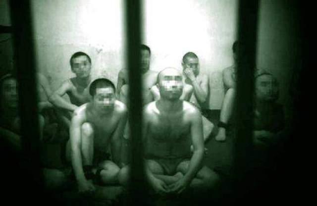 """В трудовой лагерь """"Канава"""" в Китае отправляли граждан, которых подозревали в правых взглядах, в период с 1957 по 1961 год."""
