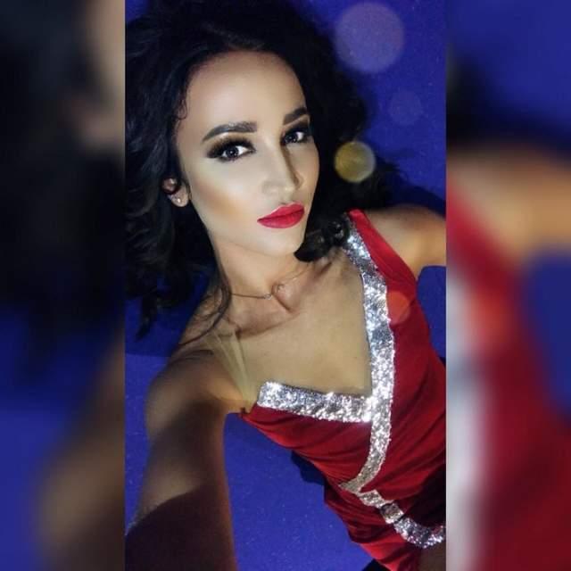 Ольга Бузова, 32 года. Подписчики высмеяли певицу и телеведущую за то, что фотошоп на ее лице сразу же бросается в глаза, в то время как другие части своего тела звезда явно не подвергла ретуши.