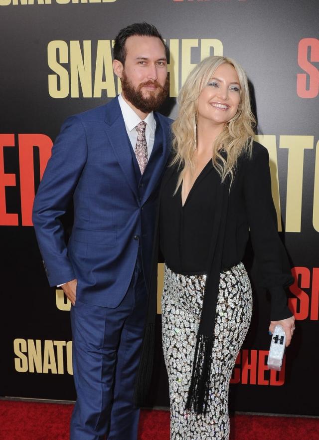Кейт Хадсон и Дэнни Фуджикава. Пара начала встречаться в марте этого года, и с тех пор новый избранник актрисы уже познакомился с ее сыновьями.