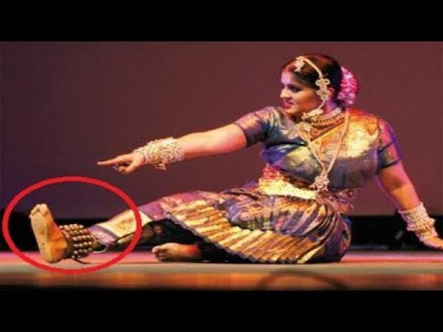 Чандран потеряла ногу в результате крупного ДТП.