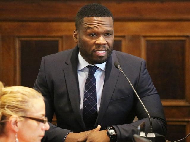 50 Cent. В 1994 году рэпера арестовали за хранение и продажу наркотиков. Из трех положенных он отсидел полгода.