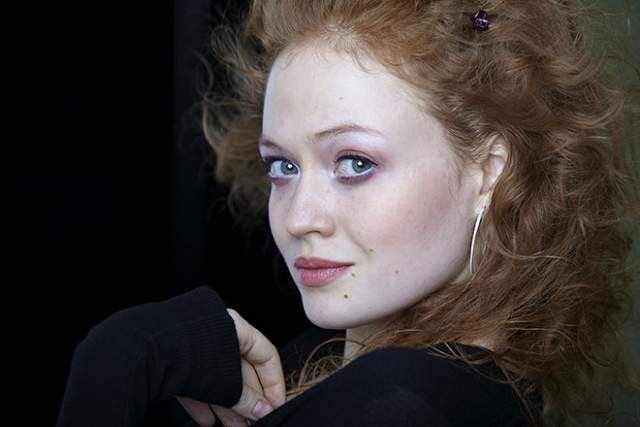 В 2006 году Екатерина поступила в Российскую академию театрального искусства на факультет режиссуры, а в 2010 году была принята в труппу Московского театра на Малой Бронной. Кроме этого Дубакина довольно много снимается.