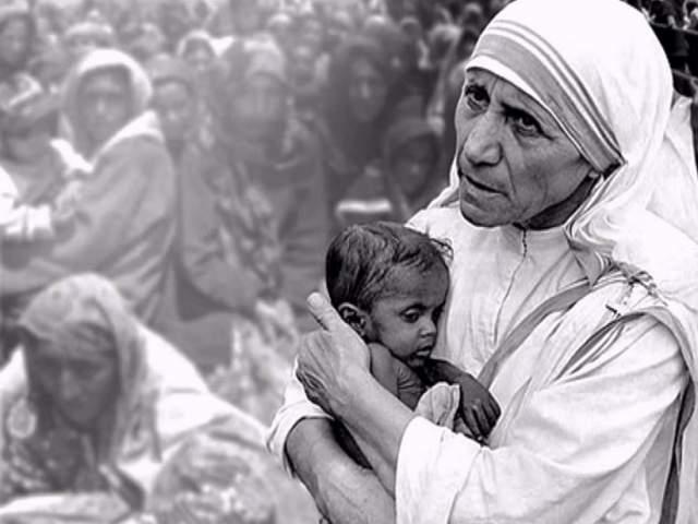 Как и положено монахиням, Мать Тереза умерла девственницей, хотя миллионы людей по всему миру называли ее матерью.