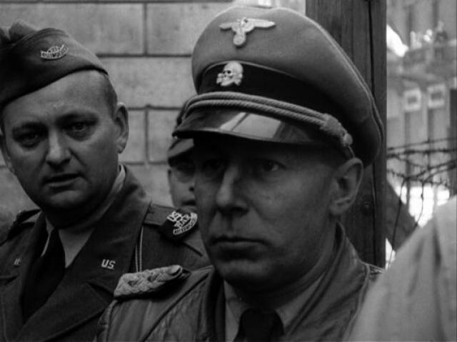 """Вальтер Рауфф. Именно Рауффу принадлежало авторство идеи """"душегубки"""" - знаменитого автомобиля """"газваген"""", в которых нацистские преступники умерщвляли десятки тысяч мирных жителей."""