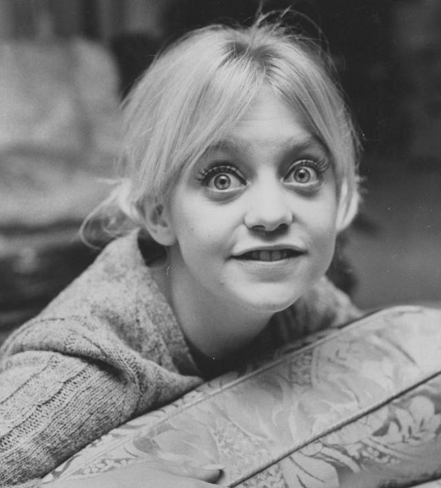 Голди Хоун. В школе будущая актриса и роскошная блондинка была совсем не популярна.