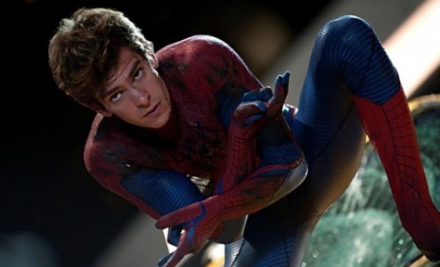"""Эндрю Гарфилд сыграл того же персонажа в """"Новом Человеке-пауке"""" в 28."""