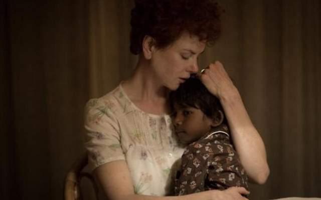"""Свой последний фильм """"Лев"""" австралийская актриса назвала """"письмом любви"""" к своим приемным детям. Отметим, что сейчас она воспитывает двоих дочерей от суррогатной матери, 9-летнюю Сандей и 7-летнюю Фейт, в браке с музыкантом Китом Урбаном."""
