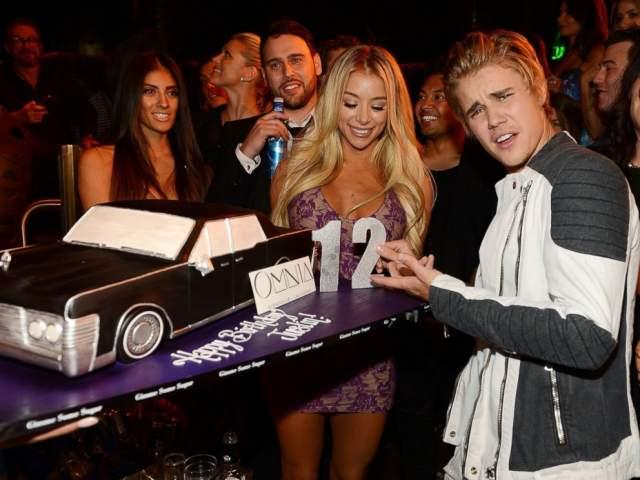 """Так свое 21-летие отметил Джастин Бибер в ночном клубе """"Омния"""" в Лас-Вегасе."""