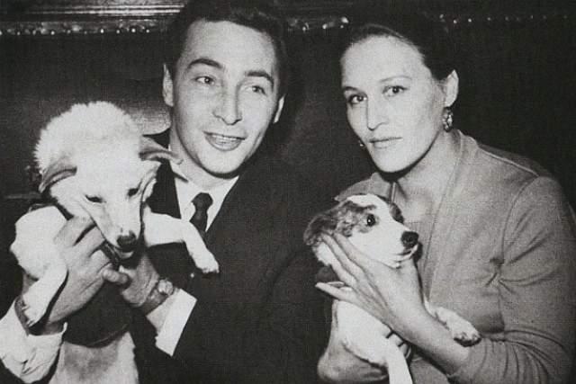 Тихонов долго добивался расположения Мордюковой и даже просил ее маму поспособствовать их отношениям, угрожая самоубийством. В конце-концов Нонна ответила взаимностью, а в 1950 году у пары родился сын Владимир.