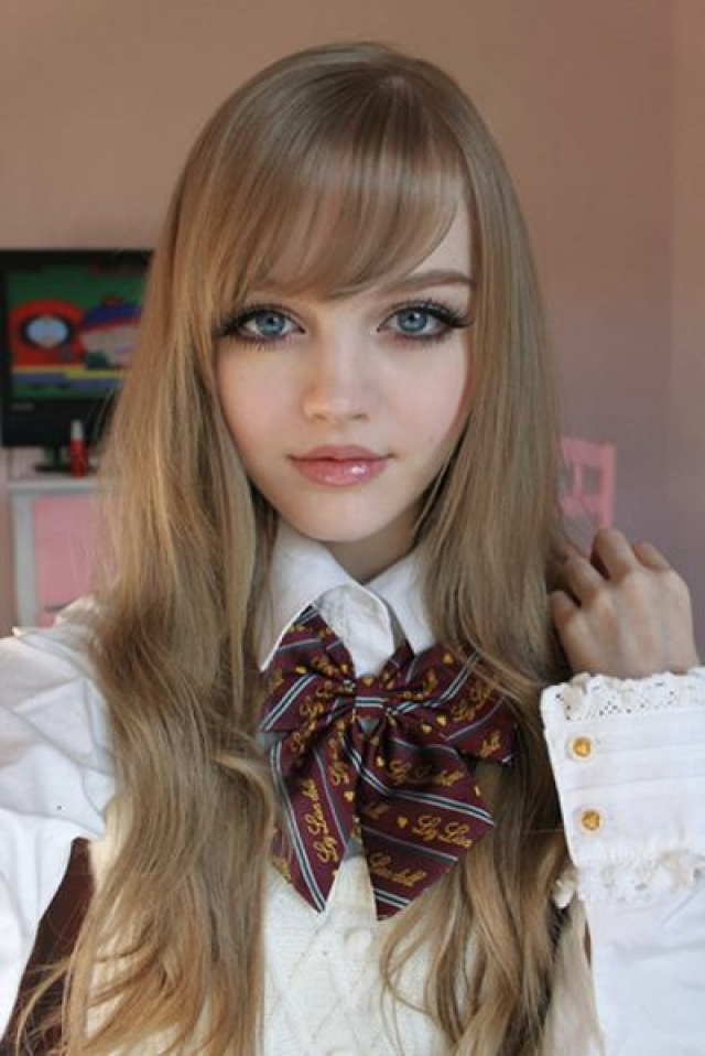 Дакота Роза. Дакота известна как анимешный персонаж, которого она сама и создала, будучи подростком.