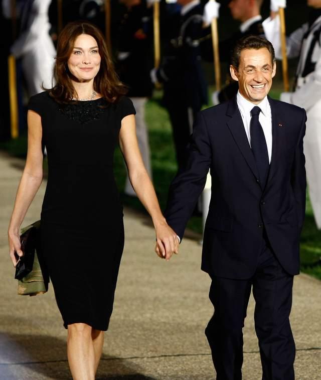 Их роман с президентом Николая Саркози был стремителен и смел, но привел к резкому падению рейтинга президента. До связи с Карлой Бруни Саркози дважды был женат.