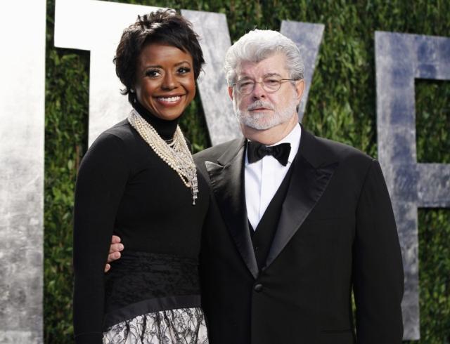 Джордж Лукас и Меллоди Хобсон. Пара начала встречаться в 2006 году, а через семь лет сыграла свадьбу.