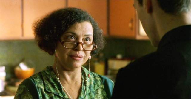 """Следующей стала Глория Фостер, которая сыграла Провидицу в первой части фильма. В """"Матрице-2"""" героиня Фостер должна была стать одной из ключевых фигур, а в этом эпизоде она появилась буквально на секунды."""