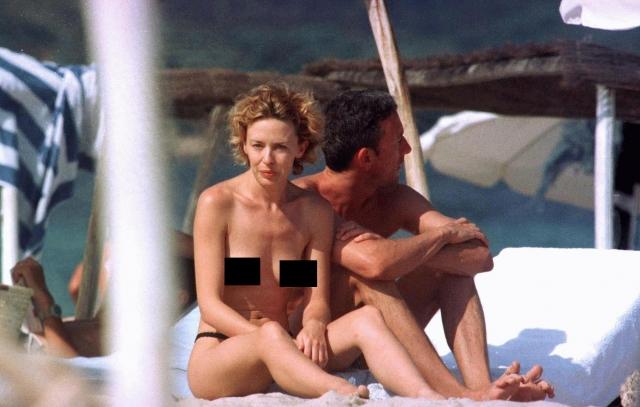 Кайли Миноуг рассчитывала спокойно отдохнуть на частном пляже, позагорав топлес, но от вездесущих преследователей с камерой не уйдешь!