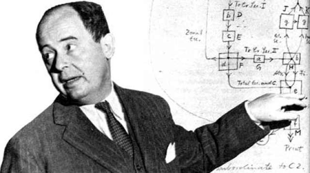 Именно он стал ключевым человеком, занимавшимся развитием атомных и водородных бомб, а также самым первым и влиятельным компьютерным дизайнером.