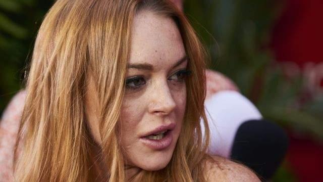 """Линдси Лохан. Было бы удивительно, если эта скандальная звезда не попала в список капризных личностей из мира Голливуда. Один из наиболее ярких приступов у нее произошел на съемках неонуара """"Каньоны"""" (2013)."""
