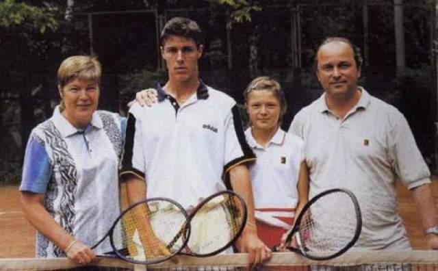 Неудивительно, что теннисом занялась и его сестра Динара.