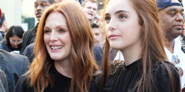 Лив Фрейндлих. Подросшая дочь Джулианны Мур выглядит необычайно похожей на свою маму.