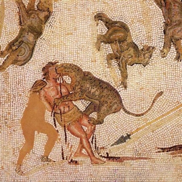 Бестиарий. В Древнем Риме преступников отдавали на растерзание диким зверям. Часто это были политические заключенные, которых отправляли на арену голыми и беззащитными.