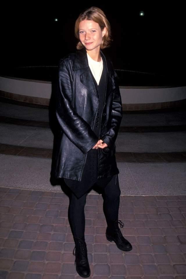 """Гвинет Пэлтроу на голливудской премьере фильма """"Плоть от плоти"""" в 1993."""
