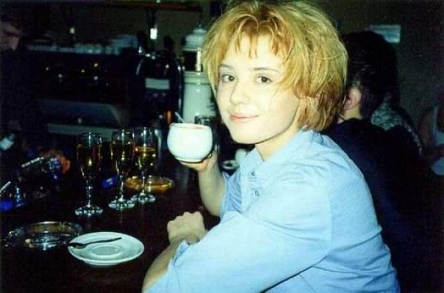 """Но к такому повороту девушка была готова: она училась в джазовом колледже, танцевала в шоу-балете """"Todes"""", а в 2001 году победила в конкурсе """"Краса России""""."""