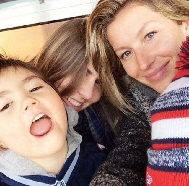 """Жизель Бундхен. Супермодель и мама двоих детей шикарно выглядит и в """"повседневном"""" образе."""