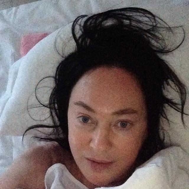 Лариса Гузеева. На селфи без макияжа решилась даже 57-летняя актриса, однако при этом наложила на снимок фильтры.