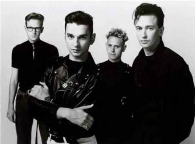 Depeche Mode. Британский музыкальный коллектив собрался еще в 1980 году и со своими успешными сочетаниями электронной и рок-музыки быстро взобрался на олимп, с которого не думает спускаться.