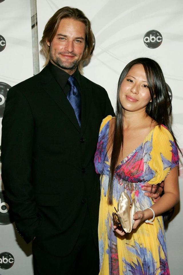 Джош Холлоуэй. Красавчик женат на индонезийке Йессике Кумала более десяти лет.