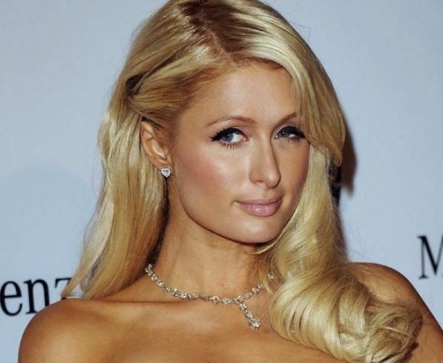 Пэрис Хилтон. Звезда телевидения и светская львица стала участницей выложенного для продажи домашнего порно поневоле.