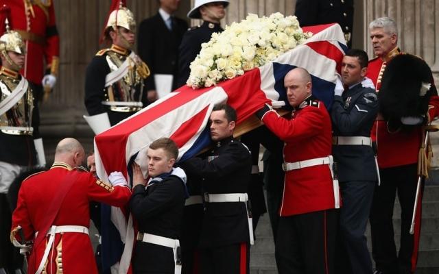 На похороны политика было потрачено $1,8 млн. Причем баснословная сумма была получена не только с имущества Маргарет Тэтчер, но и с налогов граждан.