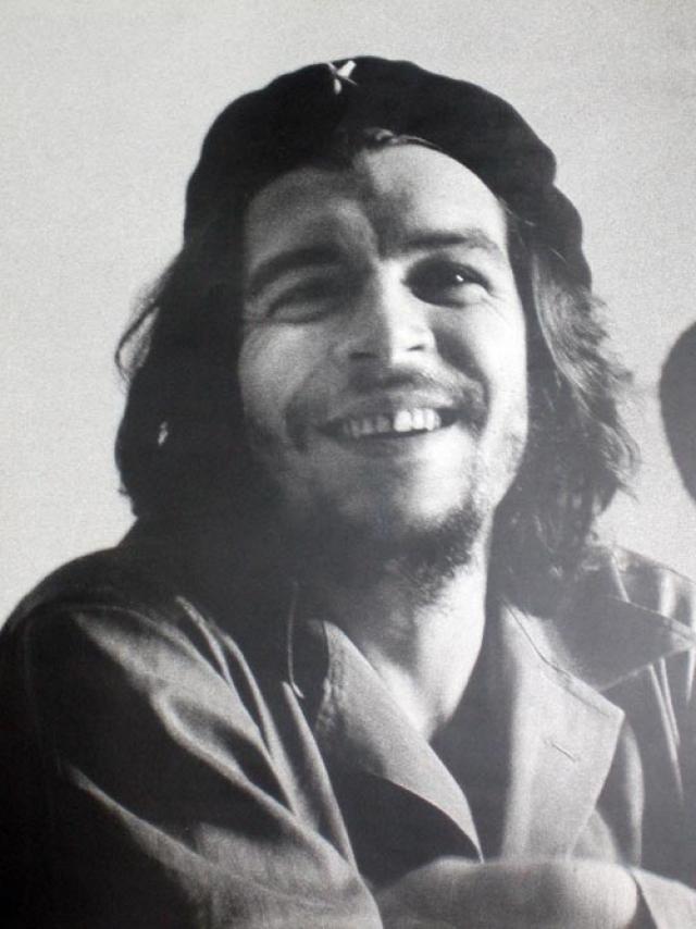 С момента прихода к власти Фидель Кастро начал кампанию по истреблению своих политических противников.