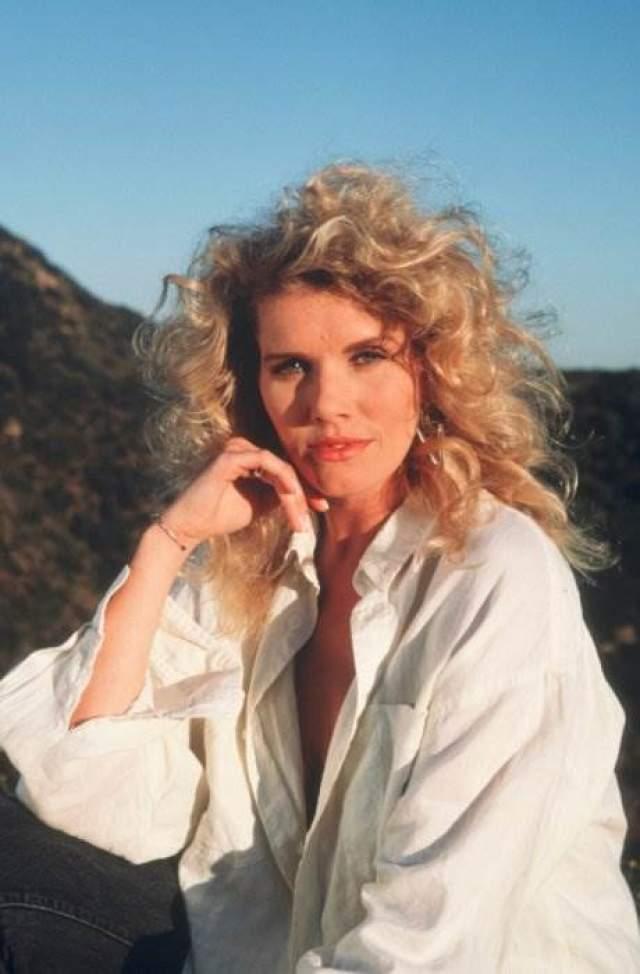 Лана Кларксон Американская актриса и модель. Была убита 3 февраля 2003 года продюсером Филом Спектором, который выстрелил ей в рот. Спектора признали виновным и приговорили к 19 годам лишения свободы.